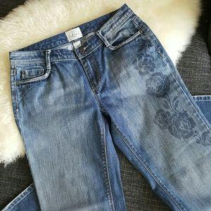 WHITE HOUSE BLACK MARKET Floral Stencil Jeans-6S